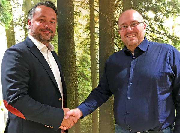 Anders R. Øynes i AT Skog og Kjetil André Rødland i Vestskog er fornøyd med at de to skogeierlagene har en plan om framtidig fusjon.