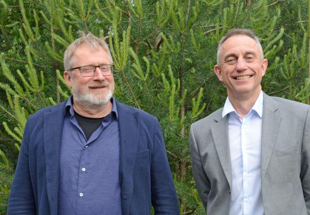 Ole Th. Holth og Gudmund Nordtun var godt fornøyd med at fusjonen ble vedtatt i Glommen i dag.
