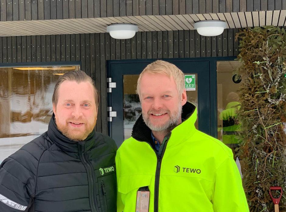 Gründer Henning Thorsen overlater lederjobben til Erland Lundby, som blir ny admininstrerende direktør i TEWO.